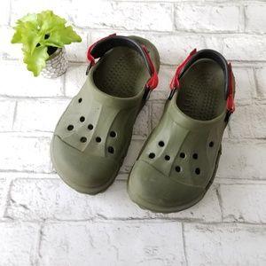 Boys Crocs Size 6